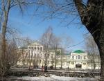 А в нашем городе снова апрель!.. Екатеринбург. – Фото: Пресс-центр ЗоВУ, 2012